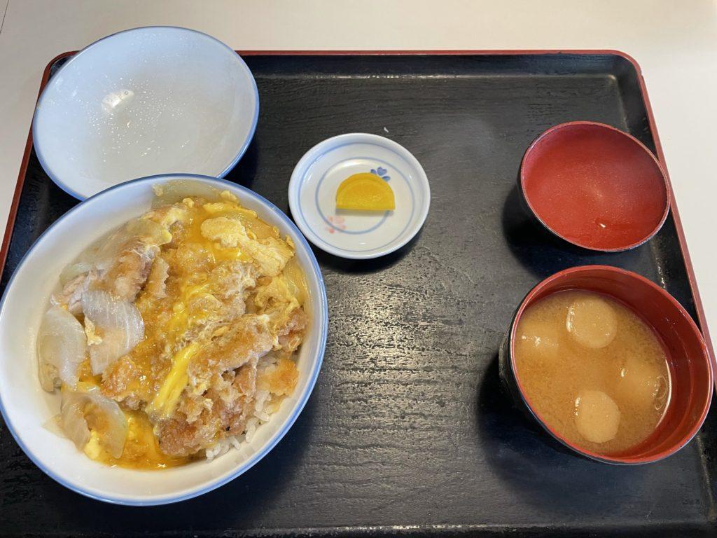 松本市 慶楽 メニューがたくさんの食堂